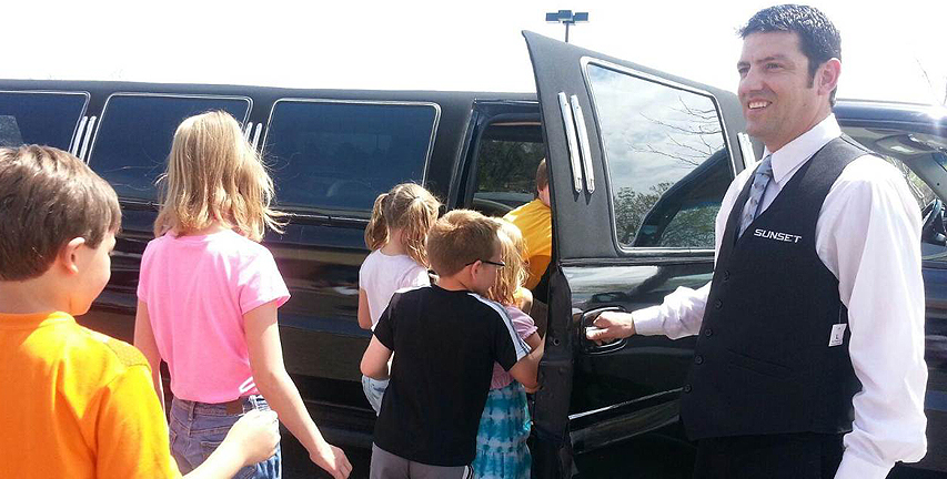 Limos For Family Sunset Luxury Limousines Denver Limo